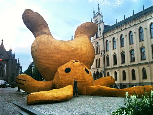 stor gul kanin