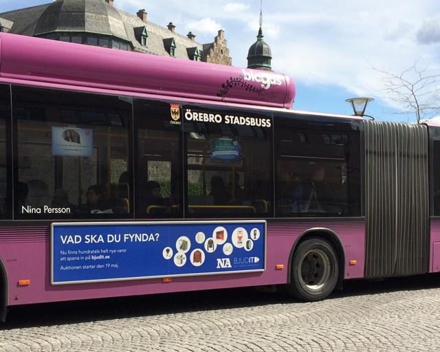 bussreklam för Bjudit Nätauktion